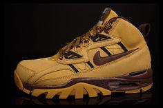 NIKE AIR TRAINER SC HIGH SNEAKERBOOT (HAYSTACK) | Sneaker Freaker