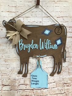 Ideas for rustic baby girl nursery cow Cow Baby Showers, Baby Boy Shower, Western Baby Nurseries, Western Nursery, Vintage Cowboy Nursery, Country Babys, Baby Boy Country, Country Baby Rooms, Cow Nursery