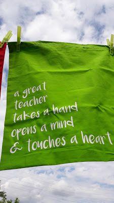 Een einde dat gevierd moet worden!KIJK OOK NAAR Mindfulness, Teacher, Organization, Gifts, Getting Organized, Professor, Organisation, Presents, Teachers