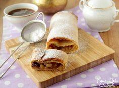 Штрудель из творожного теста с яблоками и клюквой  Побалуйте своих домашних таким вкусным десертом! #едимдома #готовимдома #рецепты #кулинария #штрудель #десерт #вкусно