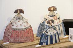 comprar meninas de ceramica - Buscar con Google Ceramic Figures, Clay Figures, Ceramic Art, Clay Dolls, Art Dolls, Sculpture Art, Sculptures, Collages, Raku Pottery