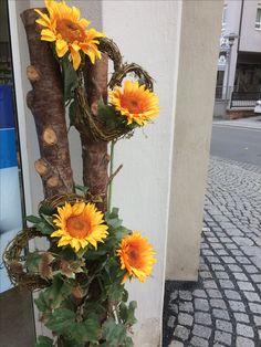 Tropical, Boquet, Floral Arrangements, Autumn, Church Ideas, Flowers, Plants, Formal, Flower Arrangements