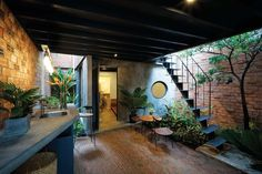 kvn Nhà Home- House for rent- Happy? Green Architecture, Architecture Design, Cafe Design, House Design, Tyni House, House In Nature, Narrow House, Renting A House, Interior Design Living Room