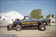 Truck And Tractor Pull, Tractor Pulling, Truck Pulls, Tractors, Badass, Monster Trucks, Vehicles, Car, Vehicle