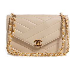 CHANEL Vintage Lambskin Chevron Small Single Flap Beige ❤ liked on Polyvore featuring bags, handbags, shoulder bags, bolsos, chanel, chanel purse, hand bags, zipper shoulder bag, chain strap shoulder bag and man shoulder bag