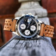 The Tudor Big Block on a Oak Vintage Racing Strap