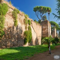 The #AurelianWalls are a fortification which surround the Seven Hills of #Rome. Extending up to about 20 km, these brick and mortar barriers were constructed as a defense mechanism for ancient Rome.