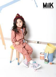 popup original Image Kids Fashion Photography, Children Photography, Cute Kids Fashion, Girl Fashion, Photoshoot Themes, Kid Poses, Stella Mccartney Kids, Stylish Kids, Kid Styles