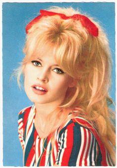 Brigitte Bardot. hair envy.