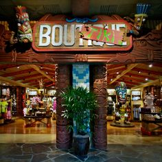 Bou-Tiki in Disney's Polynesian Resort - Marcio Disney Digital Media Disneyland Hotel, Disney Hotels, Disney World Resorts, Disney Trips, Disney Parks, Walt Disney World, Polynesian Village Resort, Disney Springs, Vintage Disney