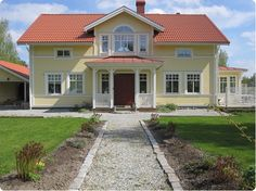 Farstukvist. Swedish House, Home Renovation, House Colors, Porch, Sweet Home, Castle, Farmhouse, Design Inspiration, Cottage
