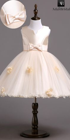 In Stock Fantastic Satin Tulle Jewel Neckline Knee Length Ball Gown Flower Girl Dress With Bowknot 3D Flowers