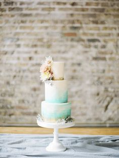 Coastal inspiration shoot | Cake by The Cake Cuppery | Smock Alley Theatre wedding — Studio Brown