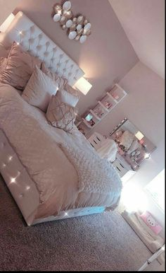 Simple Bedroom Design, Girl Bedroom Designs, Room Ideas Bedroom, Home Bedroom, Master Bedroom, Room Decor Bedroom Rose Gold, Girl Room Decor, Master Suite, Bedroom Decor For Teen Girls Dream Rooms