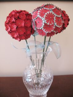 4 Globe Flowers Paper Flower Decoration Centerpiece