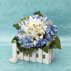 [US$ 14.99] Cute Free-Form Satin Bridal Bouquets (124032041)