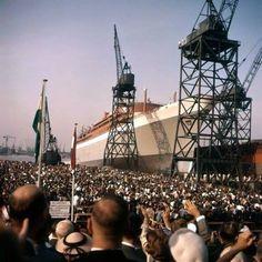 Rotterdamse Droogdok Maatschappij op Heijplaat 13 September 1958. SS Rotterdam