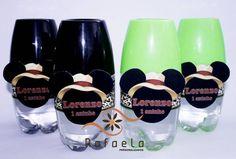 Água Mineral como copo acoplado Mickey Safari recorte especial   Feito em qualquer tema.  Disponiveis nas cores: branco, azul, rosa, verde, amarelo, vermelho, preto, laranja e roxo.  Novidades nas festinhas.  Peça já a sua! R$ 5,30