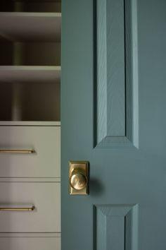 Door Knobs, Door Handles, Painted Closet, Ceiling Shelves, Accessible Beige, Using A Paint Sprayer, Door Casing, Wall Trim, Drawer Hardware