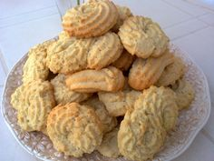2804201316174 Greek Sweets, Greek Desserts, Biscotti, Sweet Recipes, Cookie Recipes, Food And Drink, Cheese, Cookies, Eat