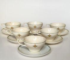 Chris van der Hoef cups executed by Tegel- en Fayence fabriek Amphora Holland Oegstgeest circa 1910. Dutch Nieuwe Kunst.