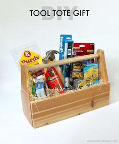 DIY Tool Tote Gift | Pretty Handy Girl #DIYgift #giftideas #holidaygift