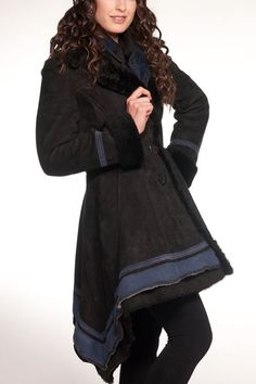 Another Cindy Spolek - shows that Deck/Wind Coats don't all have to be the same style.