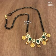 Gold Wedding Jewelry, Gold Jewelry Simple, Antique Jewellery Designs, Gold Jewellery Design, Pink Diamond Jewelry, Pearl Necklace Designs, Gold Mangalsutra, Gold Ornaments, Blouse Designs