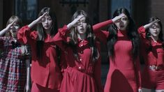 """5 Things We Loved About Red Velvet's """"Peek-A-Boo"""" MV"""