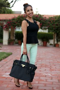 Simple cute outfit. If this is an Hermes bag, it's ridiculously overpriced, but I like the rest. Colorful jean with cute shoes, basic black bag and top = easy-peasy home-run.