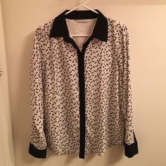 Lauren Conrad Button Up Bows Shirt Super cute and fun! Size medium black and white. Only worn once! LC Lauren Conrad Tops Button Down Shirts