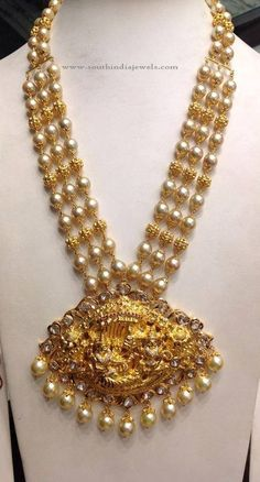 90 Grams Nakshi Balls and South Sea Pearls Mala - Indian Jewellery Designs Pearl Necklace Designs, Gold Earrings Designs, Gold Jewellery Design, Antique Necklace, Antique Jewelry, Gold Jewelry Simple, Indian Jewelry, Beaded Jewelry, Jewelry Shop