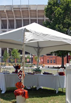 The Alumni Hospitality Tent welcomes alumni to Homecoming weekend at AU!