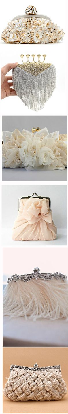 Сумочки-клатчи безграничная фантазия декора, фото № 5 Vintage Purses, Vintage Bags, Fabric Purses, Frame Bag, Unique Purses, Beaded Purses, Handmade Beads, Small Bags, Clutch Purse
