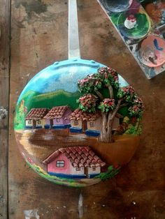 Sarten decorada Diy Crafts Slime, Diy And Crafts, Arts And Crafts, Polymer Clay Embroidery, Clay Wall Art, Clay Art Projects, Antique Paint, Rock Crafts, Diy Clay