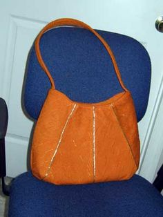Free Pattern: Sunburst Bag,lovely bag, i have made this, very nice