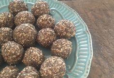 Deliciosas Bolitas de Chía tipo cocadas, ideales para las colaciones de tus hijos