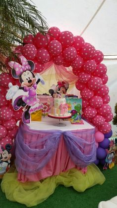Minnie Mouse Bowtique Party Second Birthday Ideas3rd