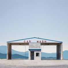 By digitally singling out old and neglected building across the western United States, photographer Ed Freeman challenges us to discover these architectural structures with fresh eyes. It's a series so brilliantly executed. Turns out, beauty was in front of us this entire time.