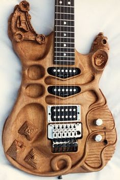 The Functional Art Guitars of Stephen McSwain ~ Strat-O-Blogster Guitar Blog