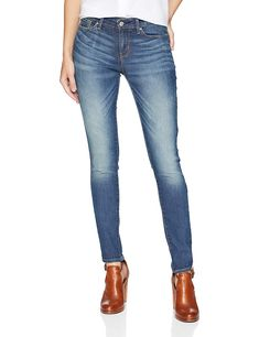 48f624bb83e1e Signature by Levi Strauss  amp  Co. Gold Label Women s Modern Skinny Jeans  at Amazon