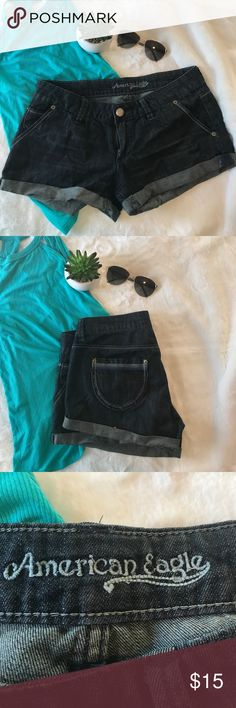 """☀️💕American Eagle 🦅 shorts 💕☀️ EUC American Eagle shorts size 6 waist approx 33"""" 9.5"""" in length make me an offer or bundle! American Eagle Outfitters Shorts Jean Shorts"""