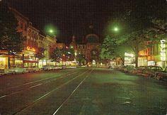 De omgeving van de de Keyserlei was in de jaren 1960-1970 nog een uitgangsbuurt, ook de cinema's zorgden voor leven in de stationsbuurt. Een prentkaart uit de jaren 1960-1970 toont de lichtreclames die deel uitmaakten van het nachtleven. Rechts de lichtreklame van het reisbureau Wirtz.