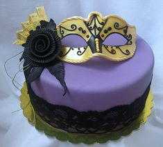 Could buy some lace and put it around the cake instead of a ribbon......