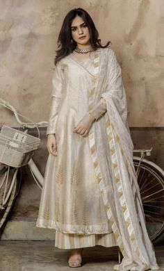 Best 12 Order contact my whatsapp number 7874133176 – SkillOfKing. Pakistani Formal Dresses, Pakistani Fashion Casual, Pakistani Dress Design, Pakistani Outfits, Indian Dresses, Indian Outfits, Indian Fashion, Indian Saris, Women's Fashion