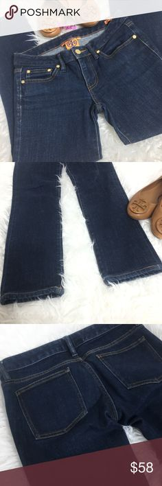 """Tory Burch super skinny jeans size 26 Excellent condition  TORY BURCH SUPER SKINNY STRETCH DARK DENIM  SIZE 26,  15"""" waist 27.5"""" inseam Tory Burch Jeans Skinny"""