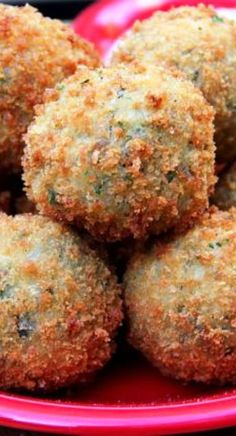 louisiana food This Louisiana recipe for Boudin Balls uses a spicy Cajun sausage and rice gently deep fried to a crispy perfect. Creole Recipes, Cajun Recipes, Sausage Recipes, Gourmet Recipes, Cooking Recipes, Necterine Recipes, Cajun Sausage, Chard Recipes, Haitian Recipes