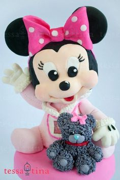Minnie Mouse and Bear Cake - Cake by tessatinacakes Theme Mickey, Mickey And Minnie Cake, Mickey Cakes, Minnie Mouse Cake, Baby Mickey, Torta Baby Shower, Minnie Mouse Party Decorations, Friends Cake, Minnie Mouse Baby Shower