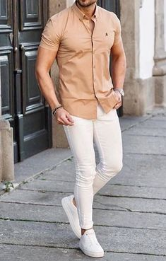 Summer 2019 men's fashion style alert! Try this dapper outfit gentlemen. Men's Casual Fashion Tips, Mens Fashion Suits, Men's Formal Fashion, Jeans Fashion, Summer Outfits Men, Stylish Mens Outfits, Casual Outfits, Men Casual, Green Shirt Dress
