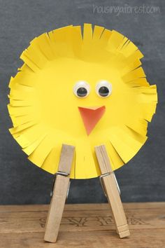Simple Easter Chicks ~ an easy Easter craft for kids from Housing a Forest